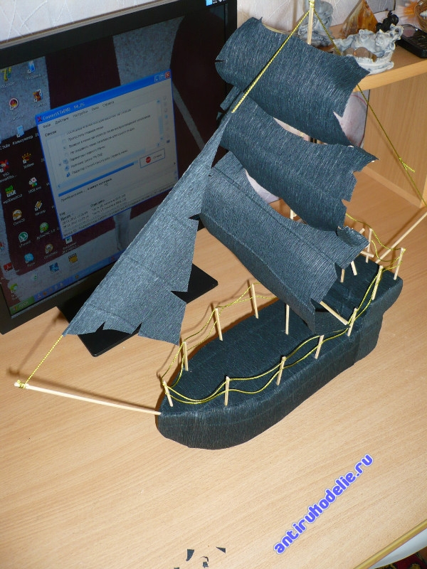 Пиратский корабль из бумаги