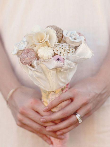 Необычные свадебные букеты, сделанные своими руками